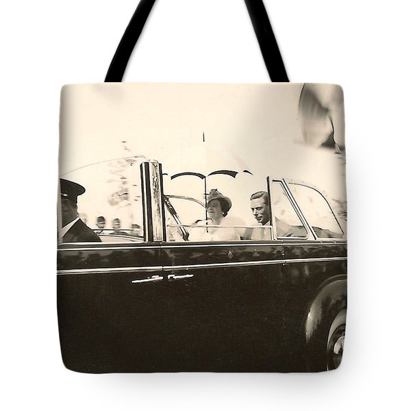 Queen Elizabeth And King George Vi Tote Bag