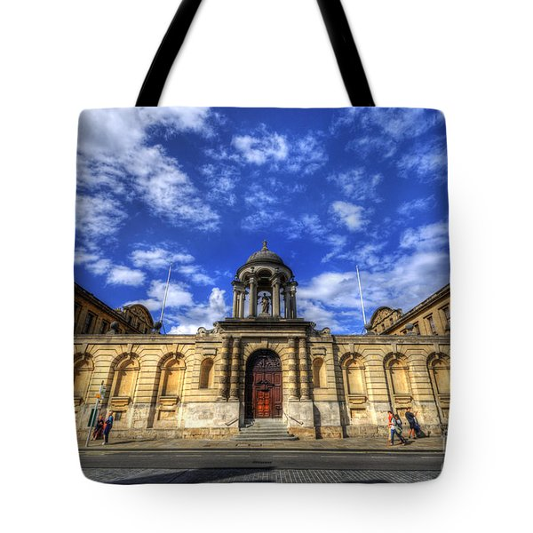 Queens College - Oxford Tote Bag