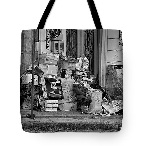 Tote Bag featuring the photograph Quito  by Steven Richman