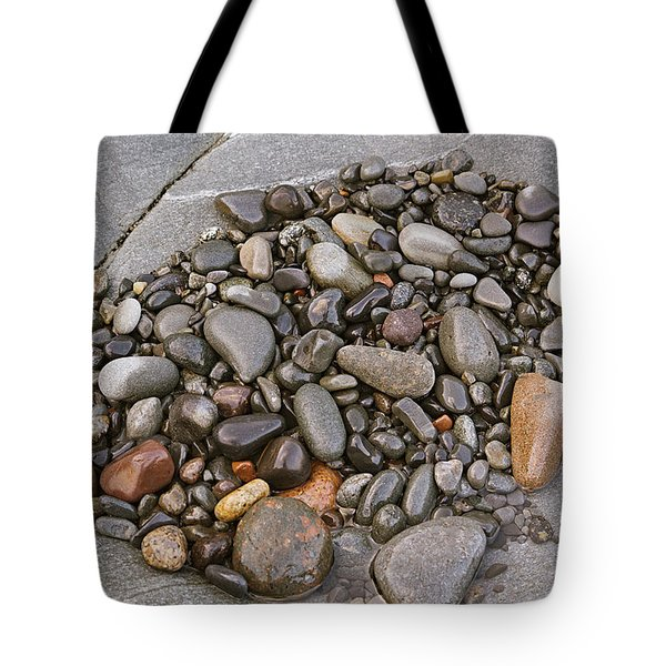 Tote Bag featuring the photograph Quoddy Head Pebble Pocket by Peter J Sucy