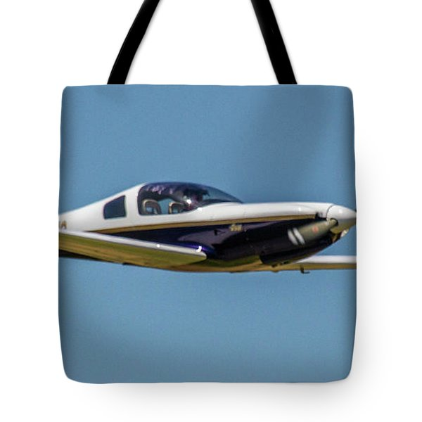Race 24 Fly By Tote Bag