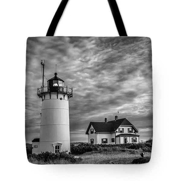 Race Point Lighthouse Sunset Bw Tote Bag