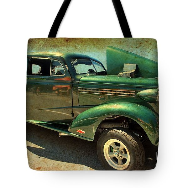 Tote Bag featuring the photograph Race Ready by Bill Thomson