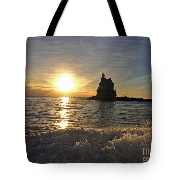 Race Rock Lighthouse, New York Tote Bag