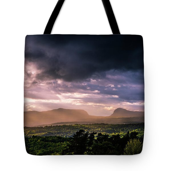 Rain Showers Over Willoughby Gap Tote Bag