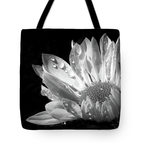 Raindrops On Daisy Black And White Tote Bag