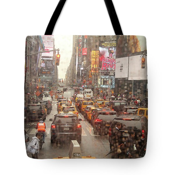 Rainy Day In Manhattan Tote Bag