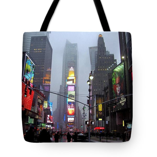 Rainy Day In Times Square Tote Bag