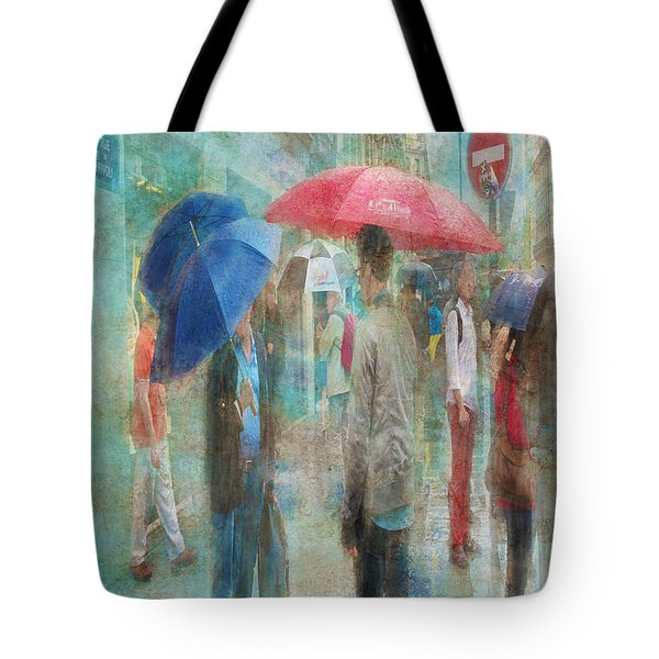 Rainy In Paris 6 Tote Bag