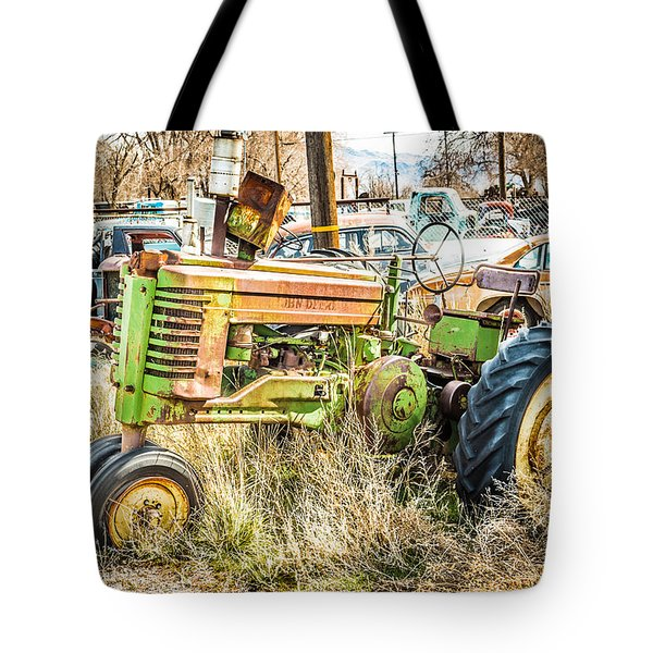 Tote Bag featuring the photograph Ready To Work by Jan Davies