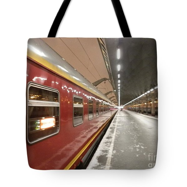 Red Arrow Express Tote Bag