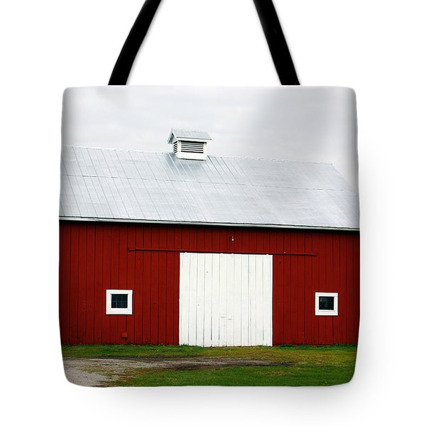 Red Barn- Photography By Linda Woods Tote Bag