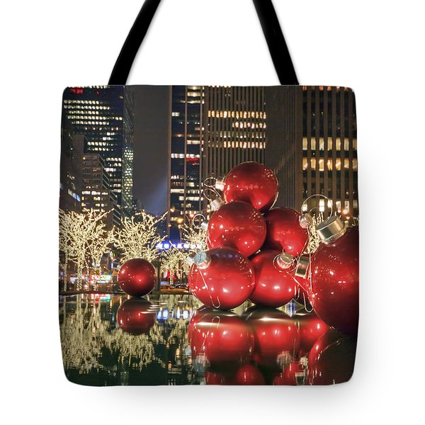 Red Bubbles Tote Bag by Evelina Kremsdorf