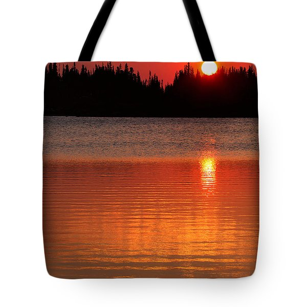 Red Sky At Morning Tote Bag by Jim Garrison