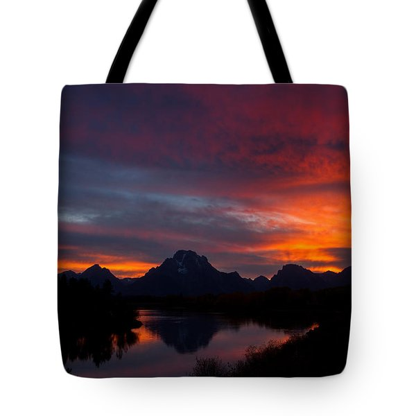 Red Sky At Oxbow Tote Bag