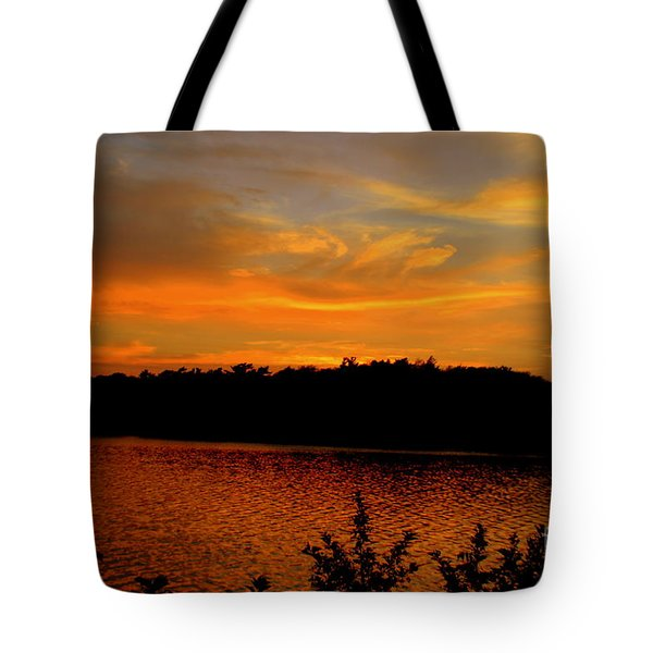 Red Sky  Over Lake Quanapowitt Tote Bag