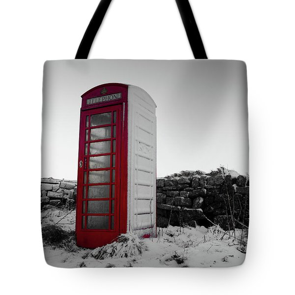Red Telephone Box In The Snow Vi Tote Bag