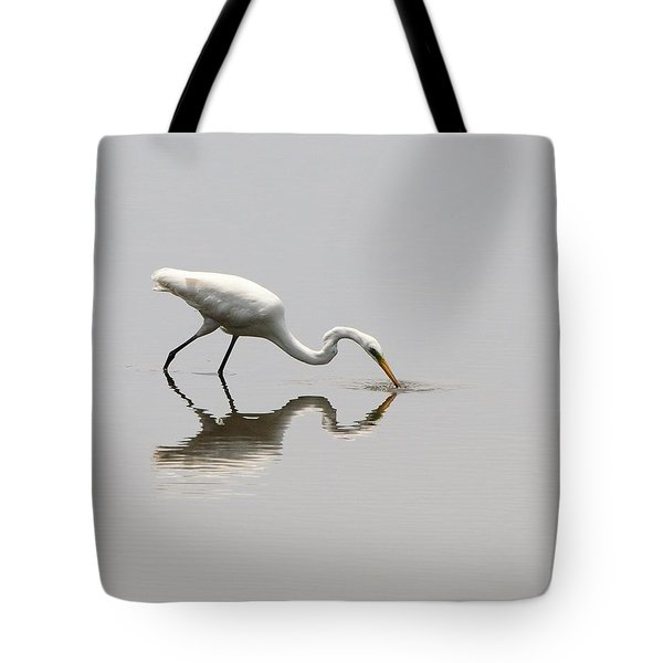 Reflecting Egret Tote Bag by Al Powell Photography USA