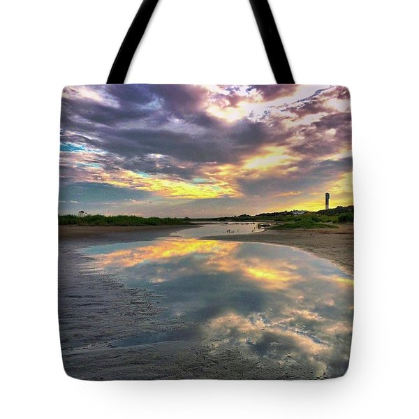 Reflection. 🌅 Tote Bag