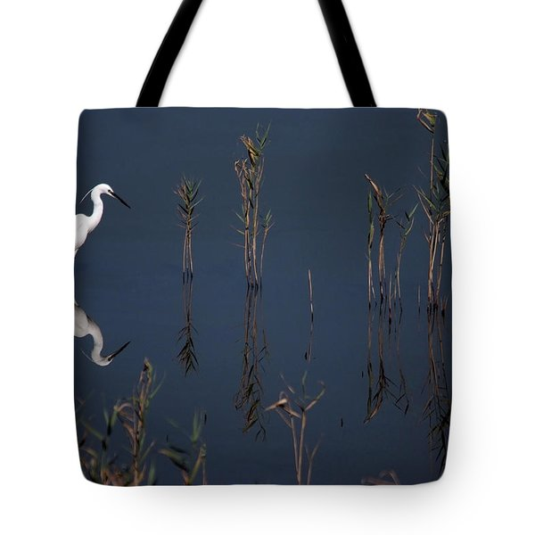 Reflection Of Little Egret In Lake Tote Bag