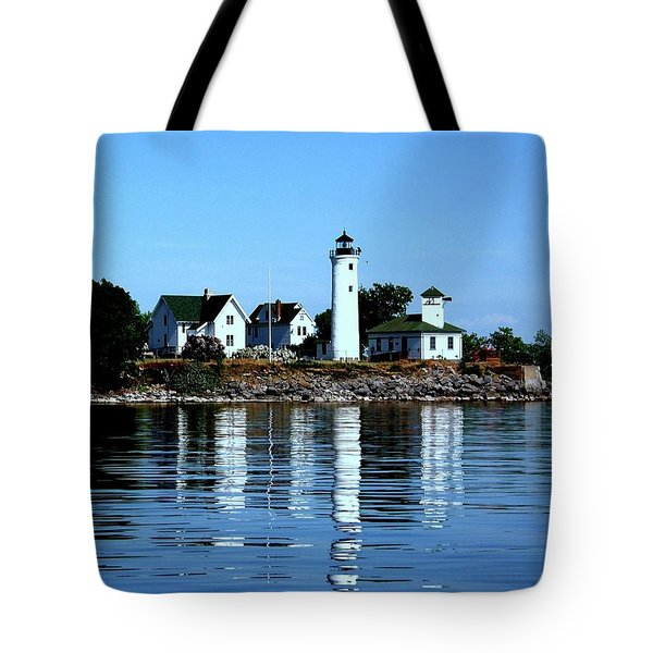 Reflections At Tibbetts Point Lighthouse Tote Bag