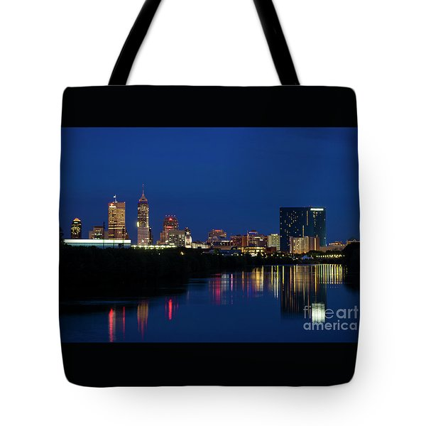 Tote Bag featuring the photograph Reflections Of Indy - D009911 by Daniel Dempster