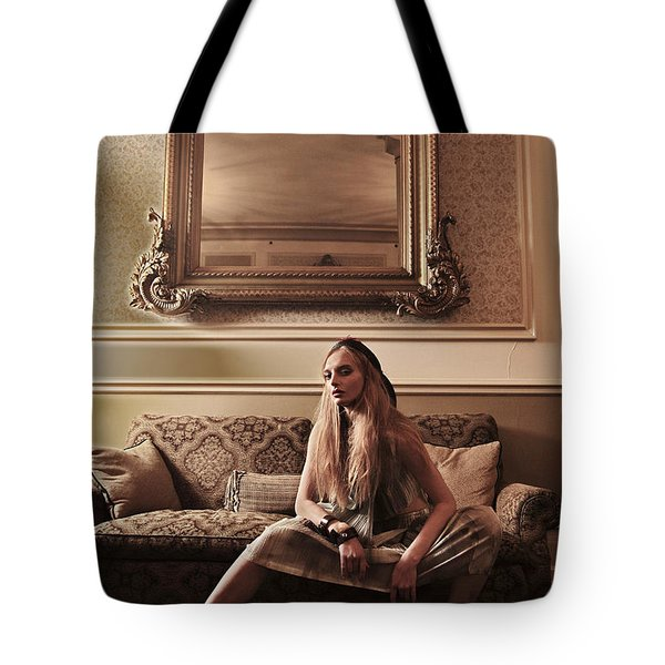 Tote Bag featuring the photograph Regal Waif by Gregg Cestaro