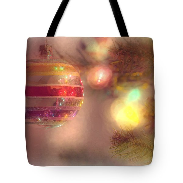 Tote Bag featuring the photograph Relaxed Holiday by Christina Lihani
