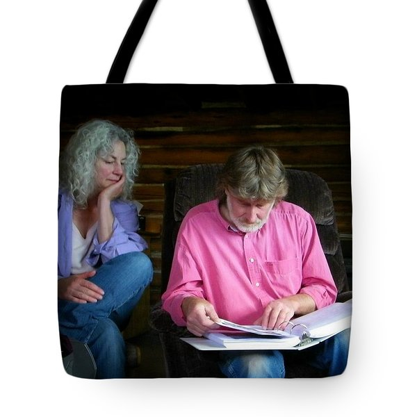 Tote Bag featuring the photograph Reminiscing by Lenore Senior