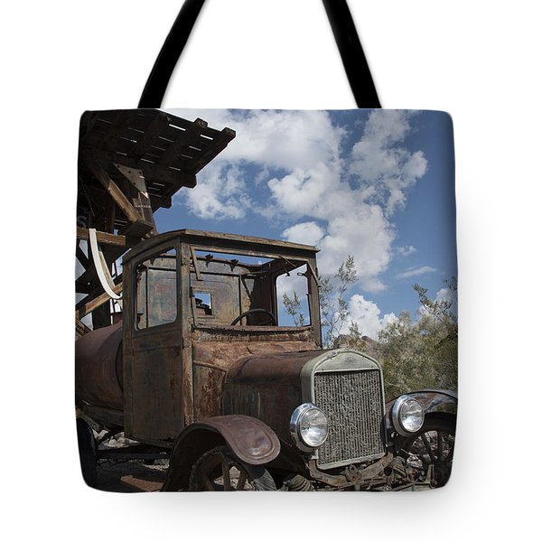 Rest Stop Tote Bag by Annette Berglund