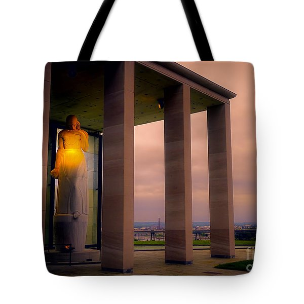 Tote Bag featuring the photograph Richmond Virginia War Memorial by Melissa Messick