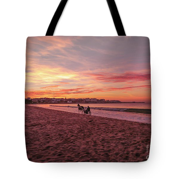 Tote Bag featuring the photograph Riding Home by Roy McPeak