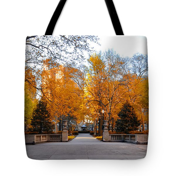 Tote Bag featuring the photograph Rittenhouse Square Philadelphia Pa by Bill Cannon