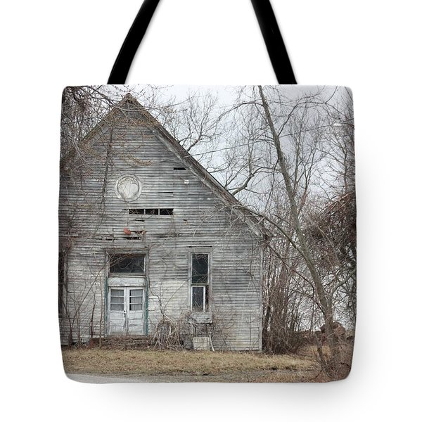 Roanoke Missouri Building Tote Bag