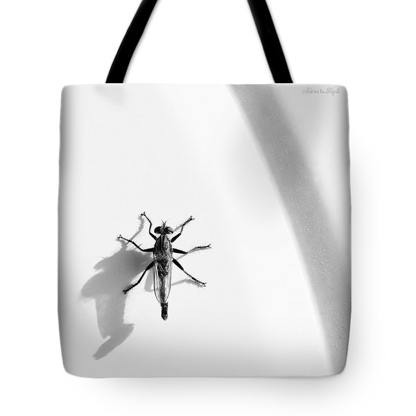 Tote Bag featuring the photograph Robber Fly On Lawn Chair by Karen Slagle