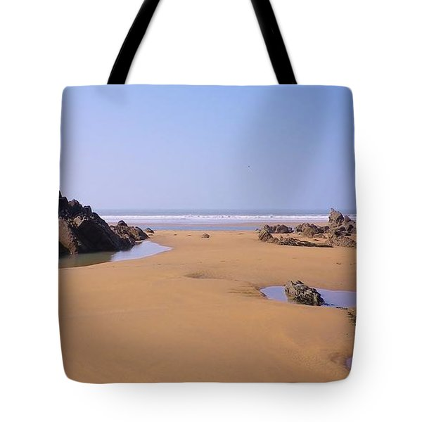Rock Pools Tote Bag by Richard Brookes