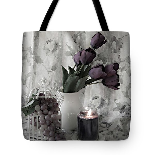 Tote Bag featuring the photograph Romantic Thoughts by Sherry Hallemeier