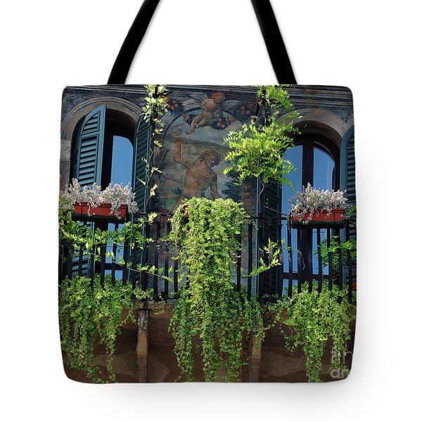 Tote Bag featuring the photograph Romeo And Juliet  by Frank Stallone