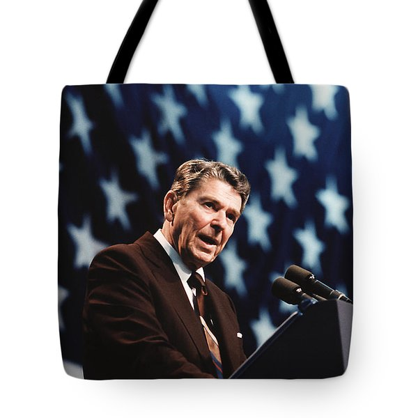 Ronald Reagan Speaking At Congressional Rally - 1986 Tote Bag