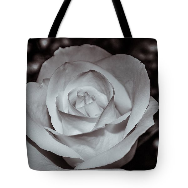 Tote Bag featuring the photograph Rose B/w - 9166 by G L Sarti