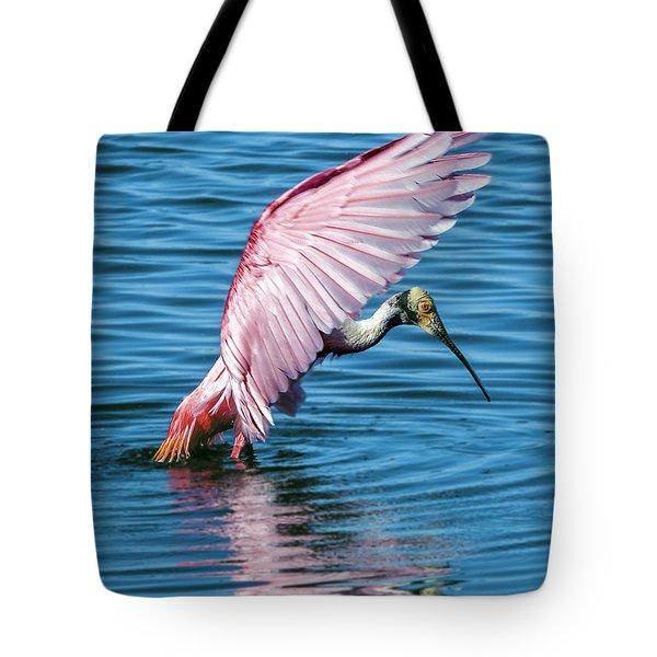 Roseate Spoonbill Landing Tote Bag