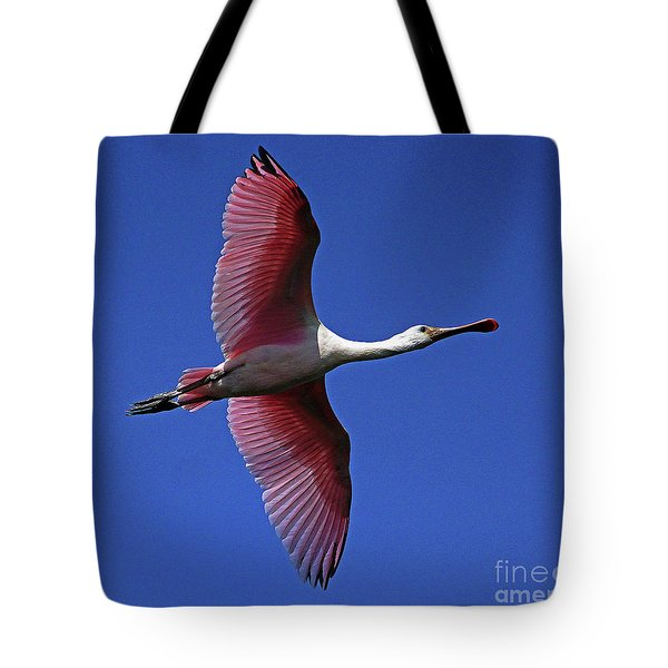 Roseate Spoonbill On The Wing Tote Bag by Larry Nieland