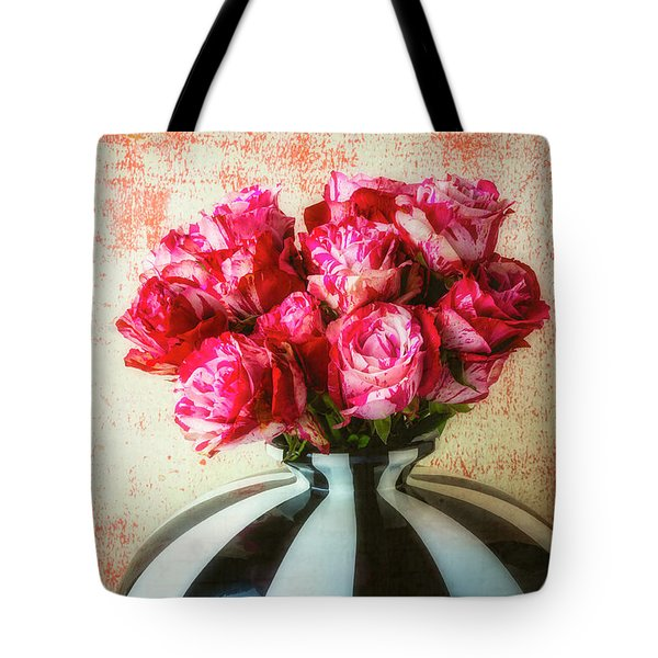 Roses In Large Black And White Vase Tote Bag