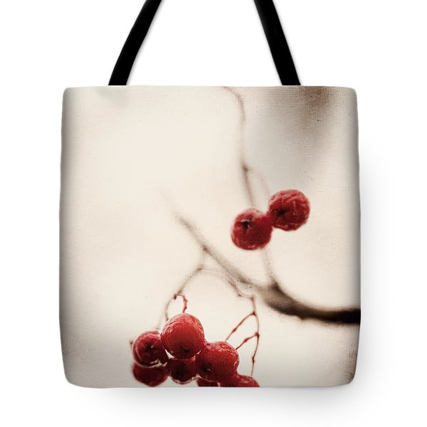 Rote Beeren - Red Berries Tote Bag
