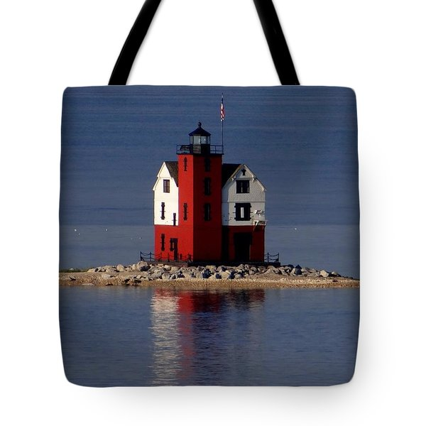 Round Island Lighthouse In The Morning Tote Bag