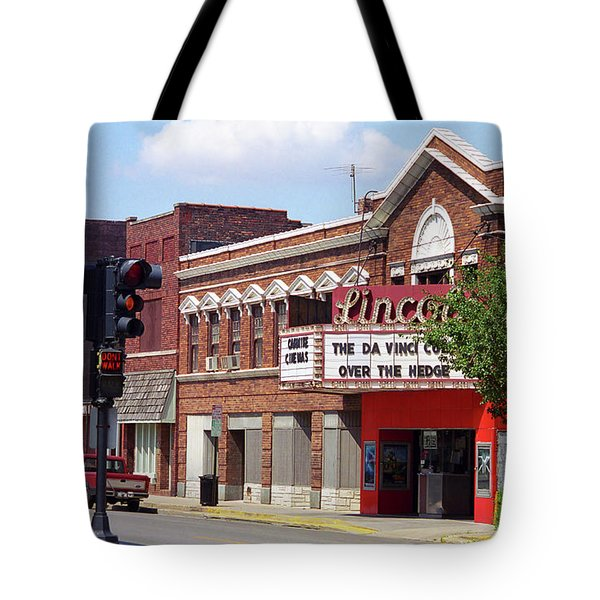 Route 66 Theater Tote Bag by Frank Romeo