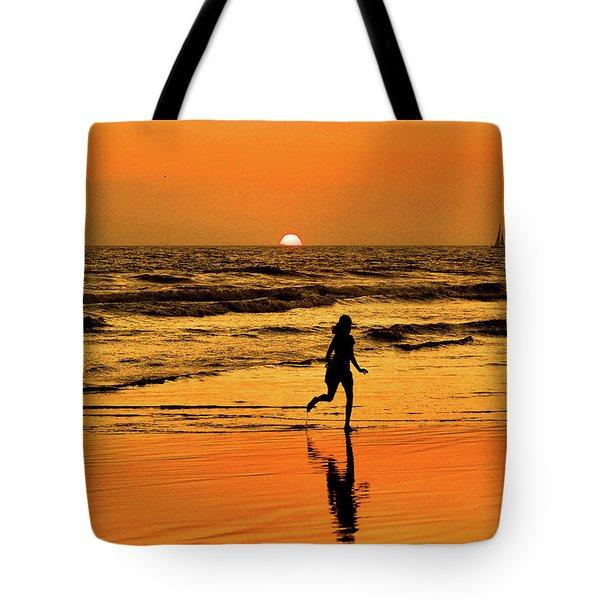 Run To The Sun Tote Bag