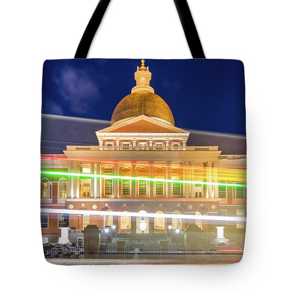 Rush Hour In Front Of The Massachusetts Statehouse Tote Bag