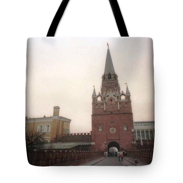 Russia Kremlin Entrance  Tote Bag by Ted Pollard