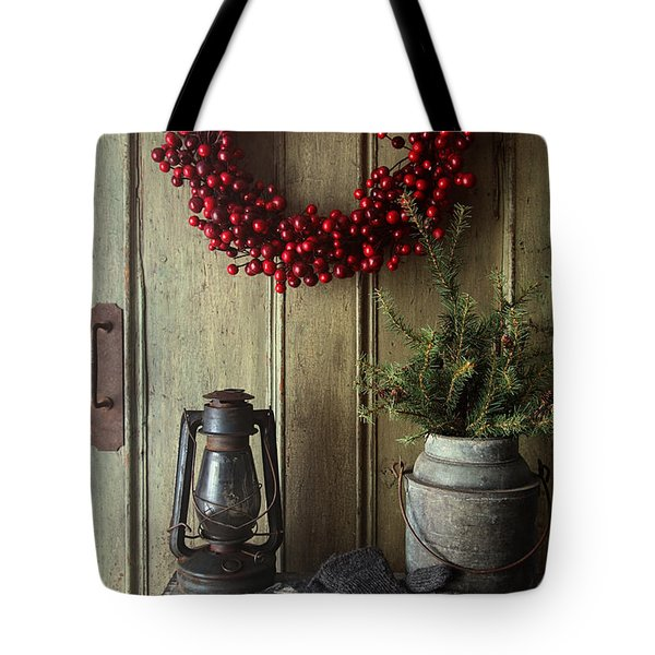 Rustic Holiday Scene With Lamp On Bench With Wreath Tote Bag by Sandra Cunningham
